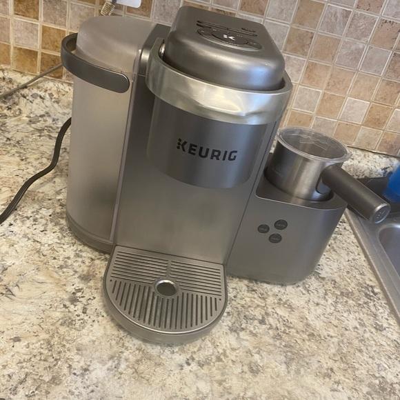 Keurig Single Serve Coffee, Latte&Cappuccino Maker